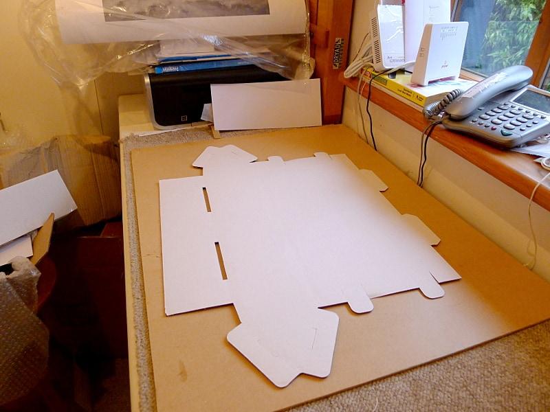 triangular cardboard postal tubes