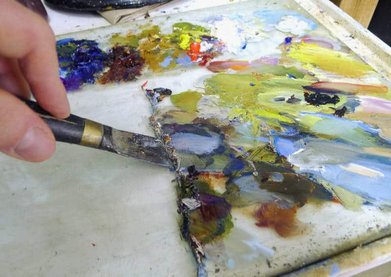 Cleaning a artists palette
