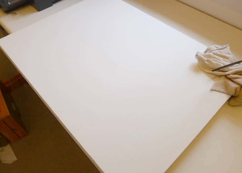 Fixed canvas painting.